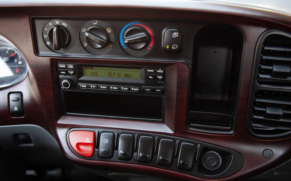 hd60-interior-1-2